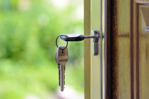 Locked out? Locksmiths Corby will get you back in the house